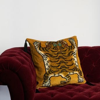 SABER Large Velvet Cushion - Gold